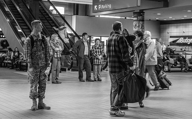 soldier homecoming in airport
