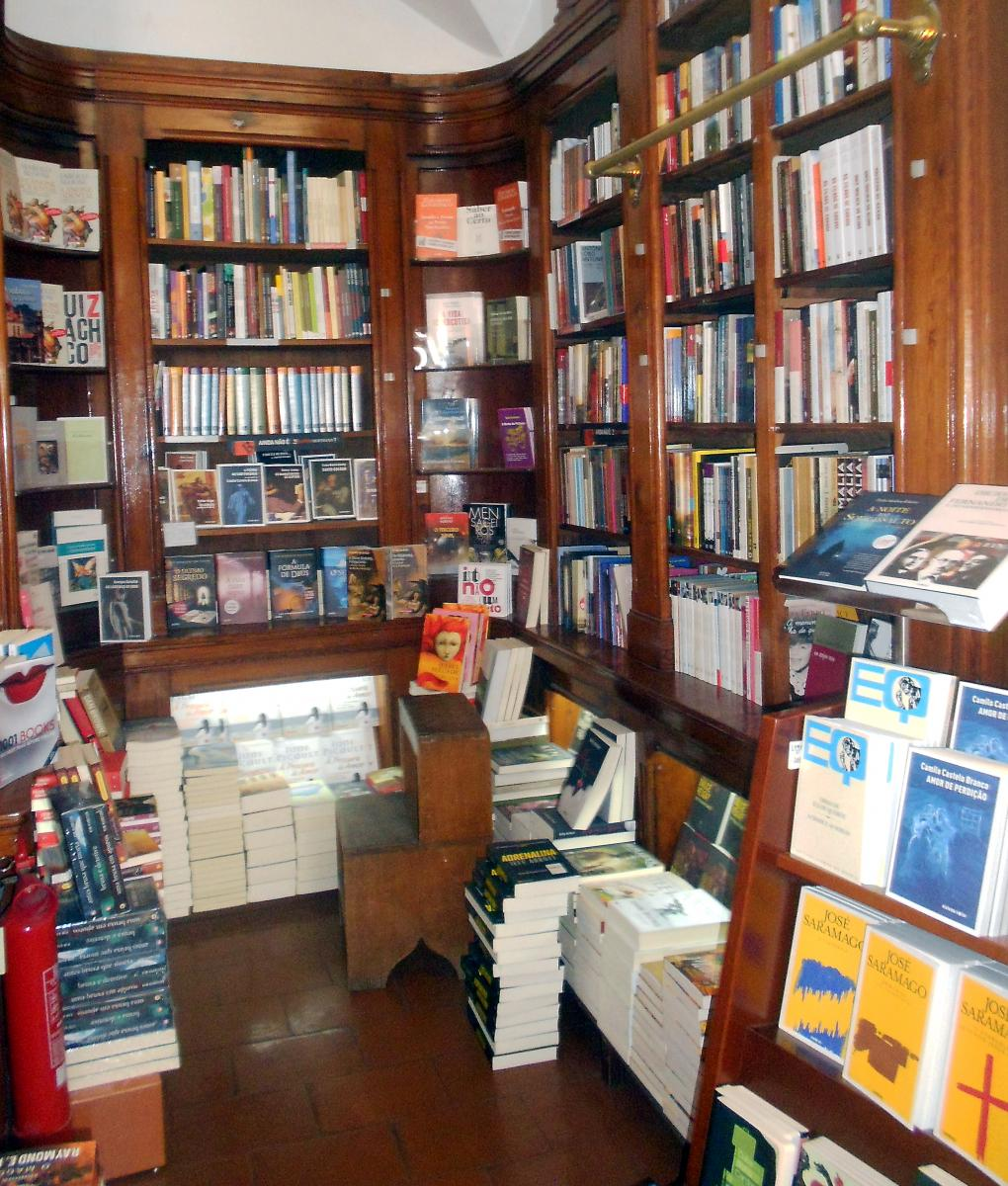 Book Shopping in Lisbon