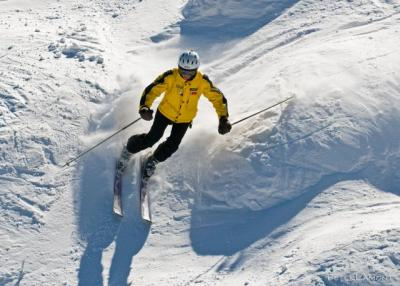 Ullman skiing
