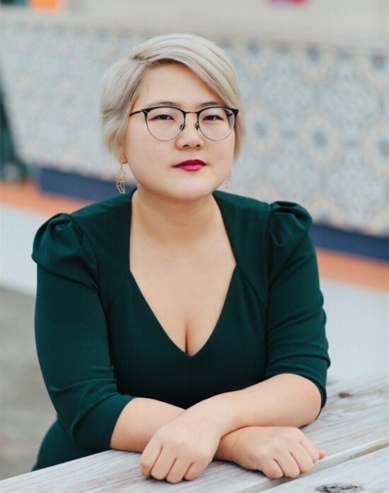 Angela Chen's headshot